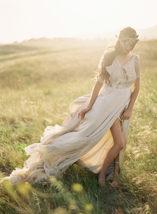 Greek goddess greek goddesses grecian wedding inspiration for Grecian goddess wedding dresses