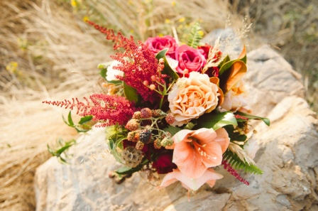 glittery-thanksgiving-wedding-ideas-034